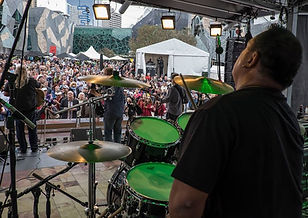Fed Square with Mick Mills drumming