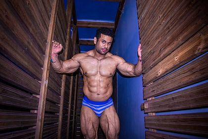 DIGVIJAY SINGH BODYBUILDER AND FITNESS TRAINER