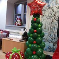 chrismas tree 6ft £55 (present £8