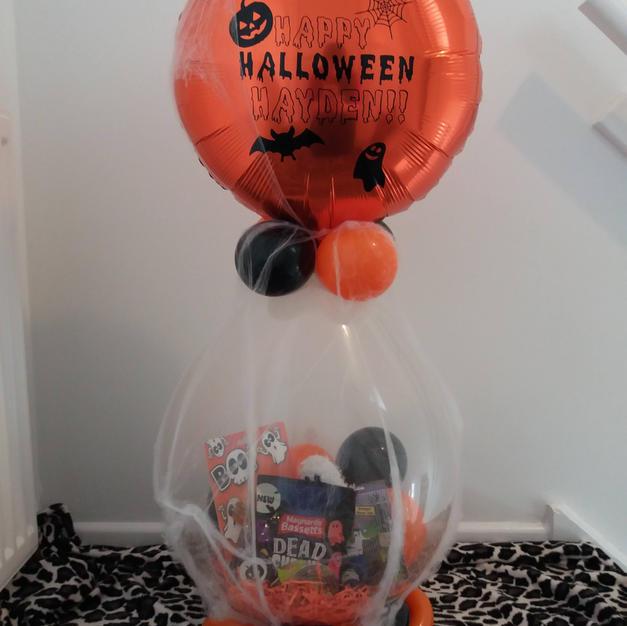 Halloween stuffed gift balloon £22