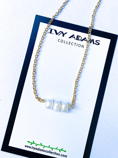 Trio Pearl Necklace  Dainty Simple