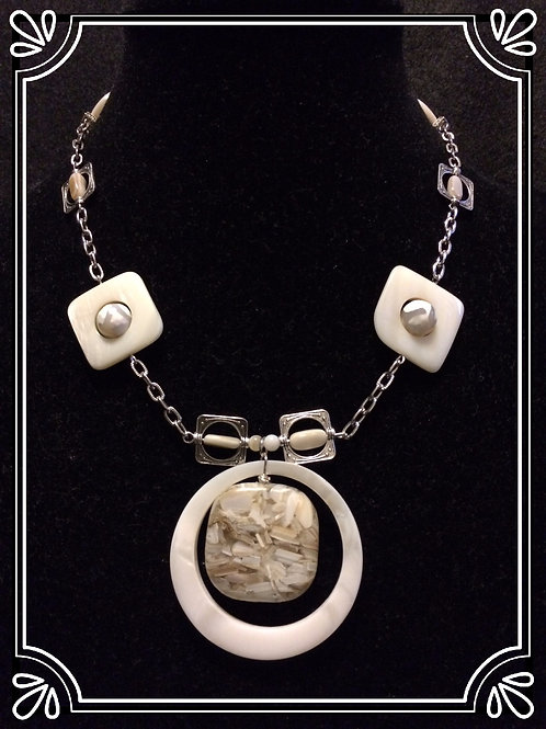 "Prl ShellOmetry 18"" Necklace"