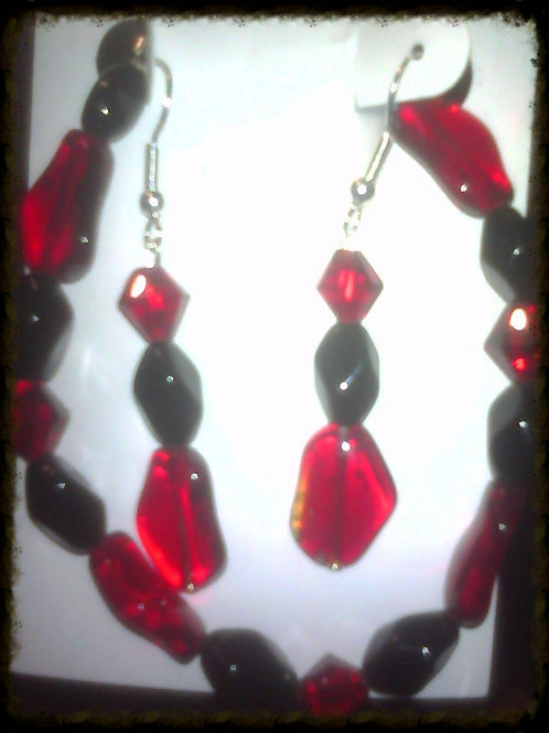 Onyx & Red Teardrop Crystal Glass Bracelet & Earri
