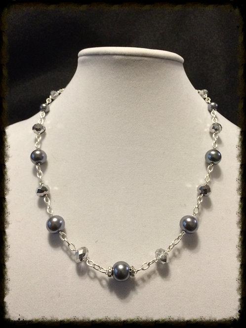 Blk Gls Prl Chain link Custom Necklace