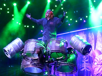SlipknotのShawn Crahanが未発表アルバムLook Outside Your Windowについて語る。