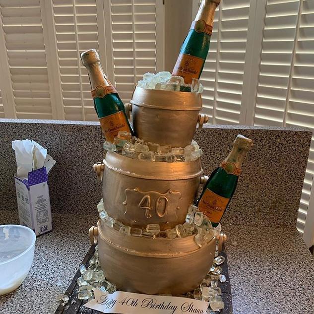Ice bucket cake #sugarcakesco #sugarcake
