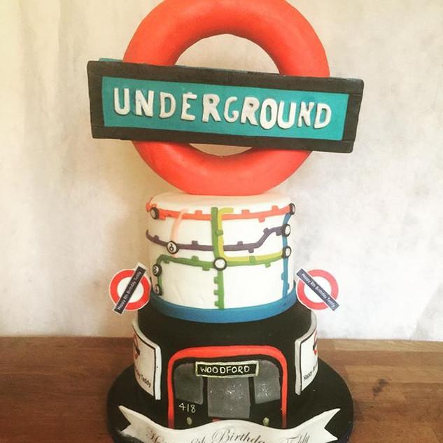 London Underground cake #sugarcakesco #s