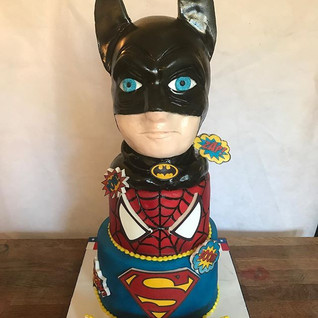 Superhero Cake #sugarcakes #sugarcakesco