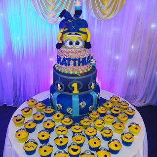 Minion Large Tiered cake #sugarcakes #su