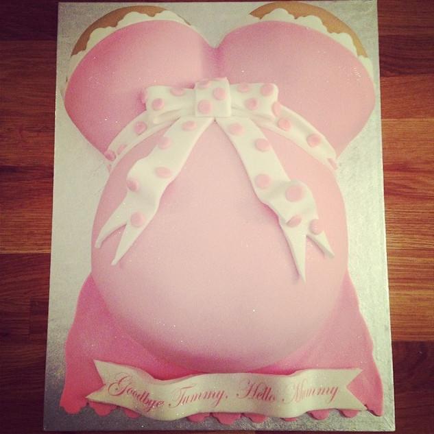 Baby bump cake #sugarcakesco #sugarcakes