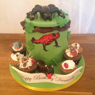 Insects combination cake #sugarcakesco #