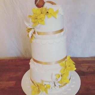 Christening Cake #sugarcakesco #sugarcak
