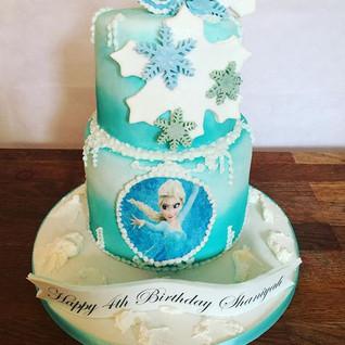 Frozen Cake #sugarcakesco #sugarcakes #c