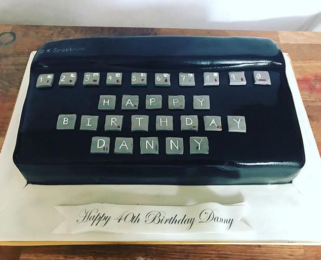 1st computer Cake #sugarcakes #cake #cak