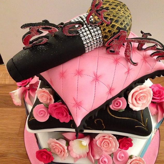 #sugarcakes #sugarcakesco #cake #cakes #