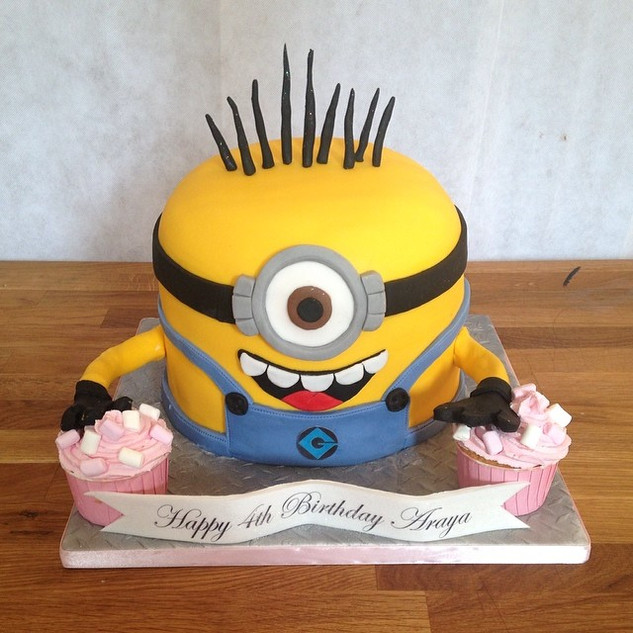 Minion cake #sugarcakesco #sugarcakes #c