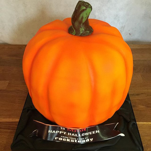 Pumpkin Haloween cake ordered by _rockst