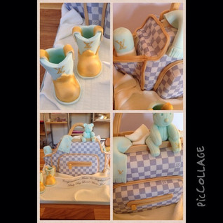 #piccollageLouis Vuitton Baby Bag Cake #