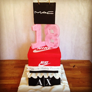 Fashion cake #sugarcakesco #sugarcakes #