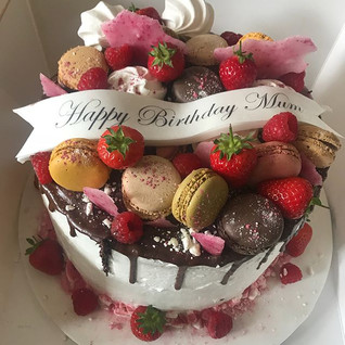 Drip Cake #sugarcakesco #sugarcakes #mac