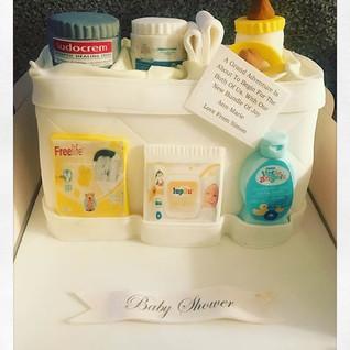 Baby Shower Bag Cake #sugarcakesco #suga