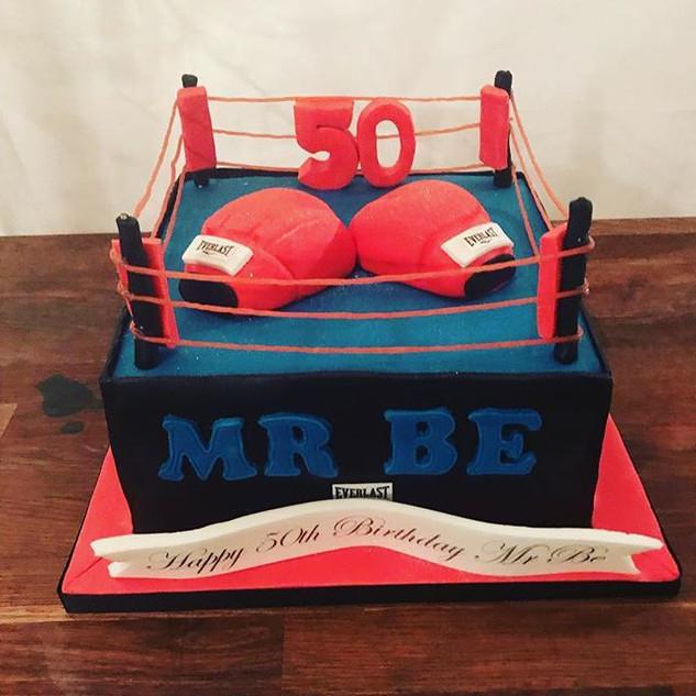 Boxing Ring Cake #sugarcakesco #sugarcak