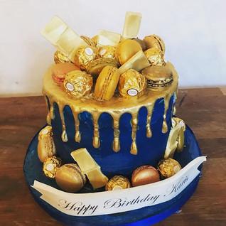Royal Blue & Gold Drip Cake #sugarcakesc
