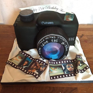 Canon cake this weekend #sugarcakesco #s