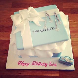 Tiffanys Box Cake #sugarcakesco #sugarca