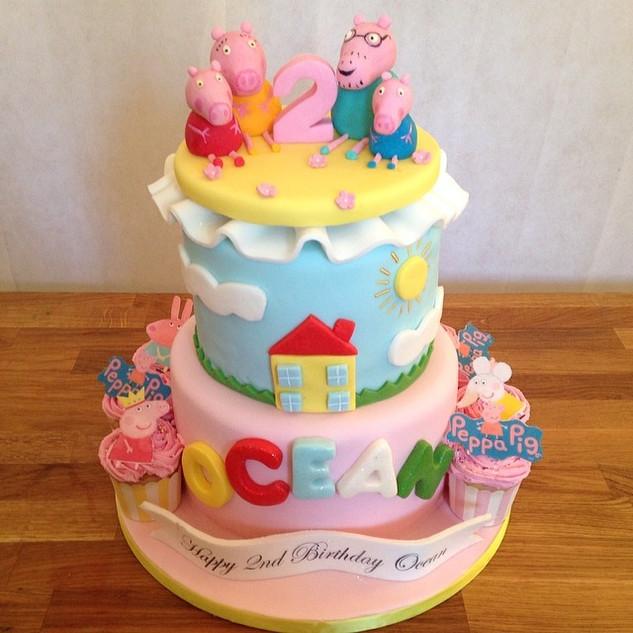 Peppa Pig Cake #sugarcakesco #cakes #cak
