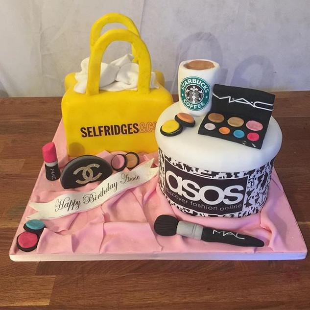 Shopping &I Make-Up Cake #sugarcakesco #