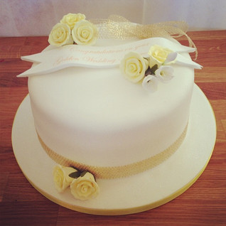 Golden Anniversary cake #sugarcakesco #s