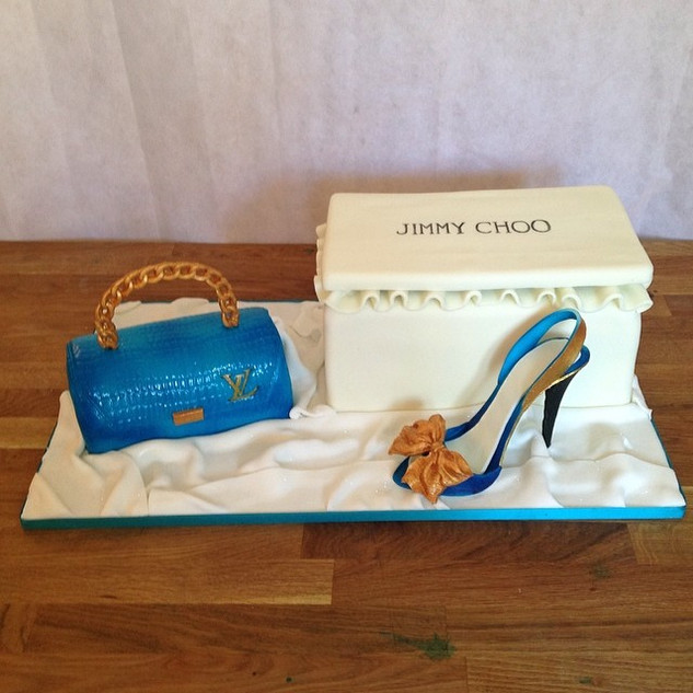 Jimmy Choo & Lv Cake #sugarcakesco #suga