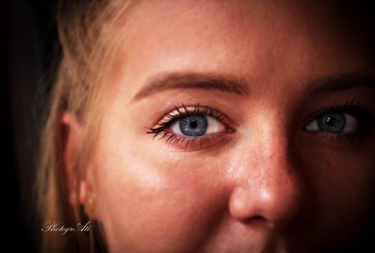 Natalia's eye