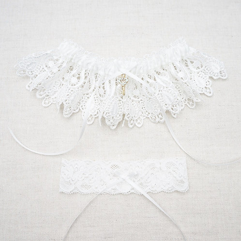 White lace wedding garters