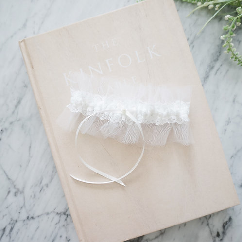 white lace tulle wedding garter