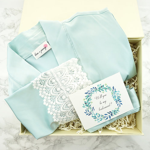 Bridesmaid gifts boxes for weddings