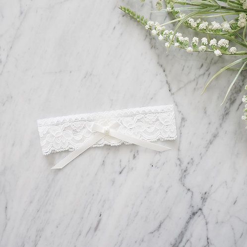 bridal white lace wedding garters
