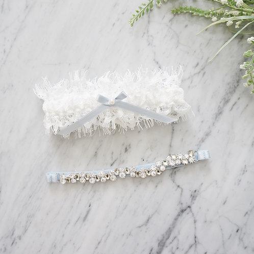 White lace wedding garter set