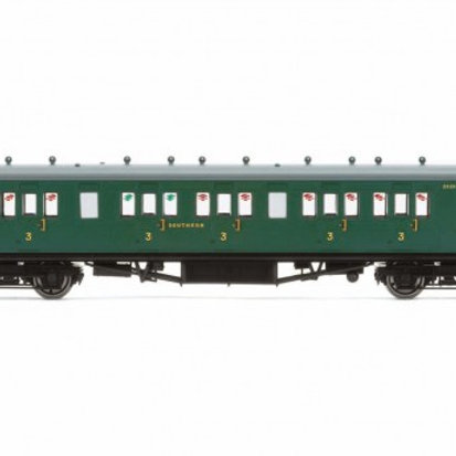 Hornby R4793 58' Maunsell Rebuilt (Ex-LSWR 48') six compartment brake third 2628