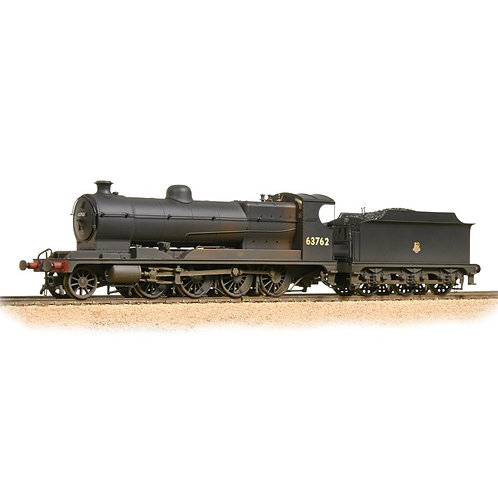 Bachmann 31-004A Class O4 Robinson 2-8-0 63762 in BR black with early crest