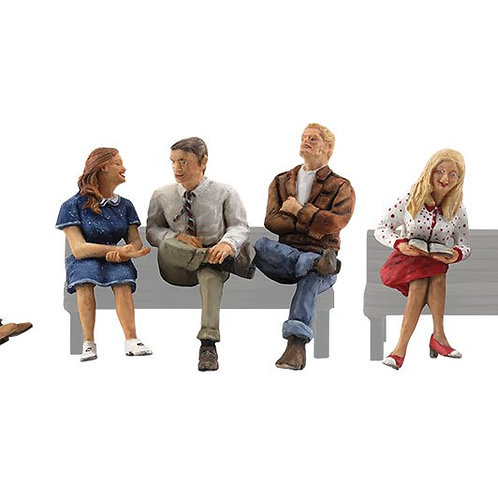 00 Gauge Figures People Sitting