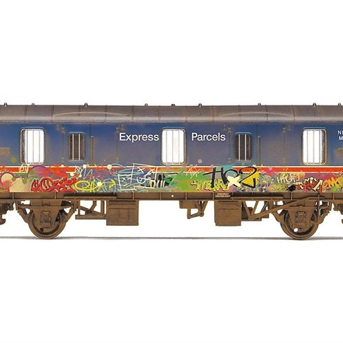Hornby R6919 Mk1 CCT covered carriage truck in BR express parcels blue graffiti