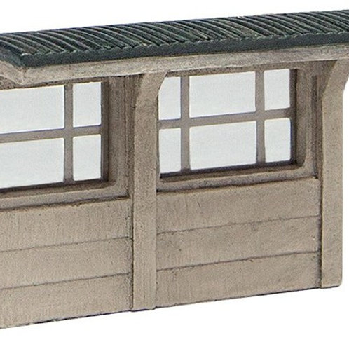 Scenecraft 42-593 Concrete Bus Shelter (N Gauge)