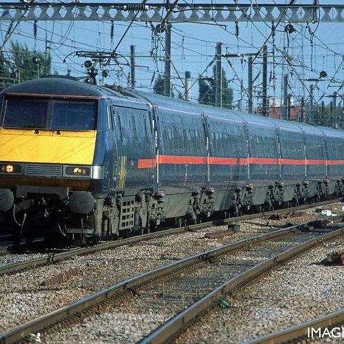 R40145 GNER, Mk4 Standard (Accessible Toliet), Coach F - Era 9
