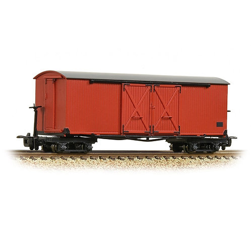 Bachmann 393-027 Bogie covered goods wagon in Lincolnshire Coast Light livery