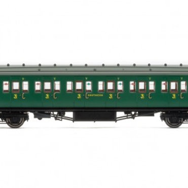 Hornby R4735 Maunsell corridor third 1216 in SR malachite green