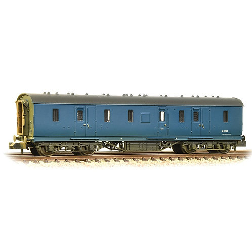 Graham Farish 374-890 50ft ex-LMS Parcel Van in BR blue - weathered