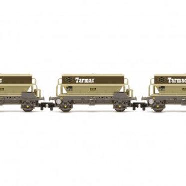 R6829 PGA Hopper Wagon 3 Pack Tarmac livery
