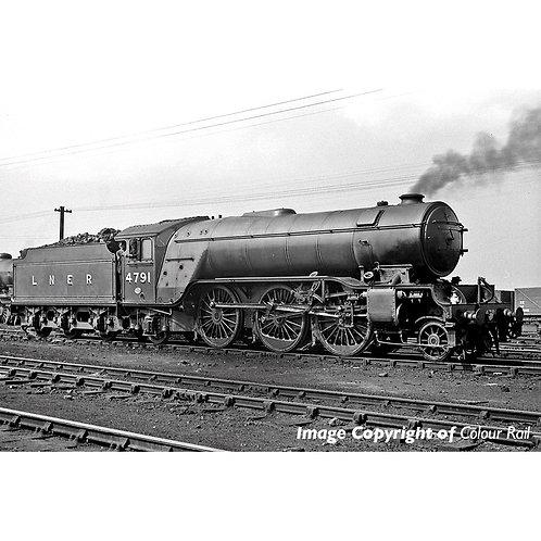 Bachmann 35-200 Class V2 2-6-2 4791 in LNER green